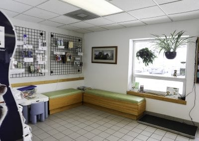 Burnsville Animal Clinic Lobby